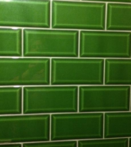 House of ceramics - Groene metro tegels ...